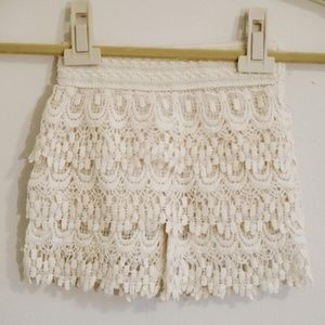 Other - Lady 's World Layered Lace Shorts 2-4T